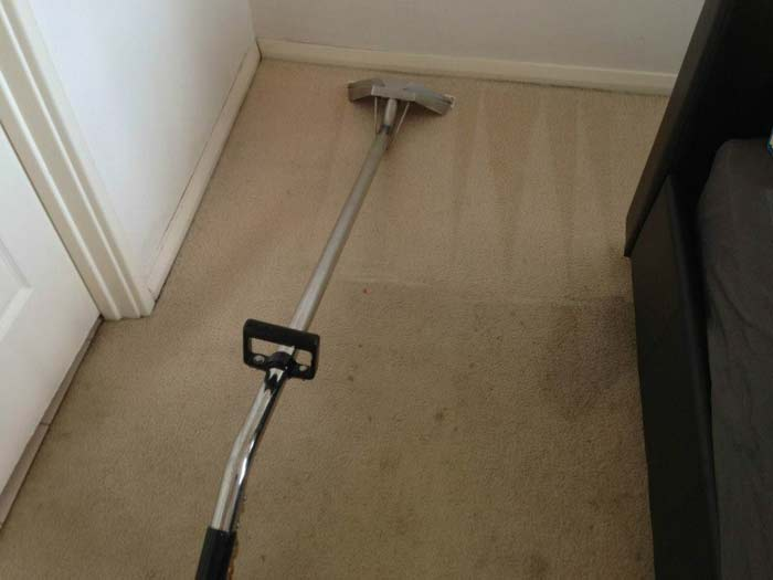 Carpet Cleaning Tapping